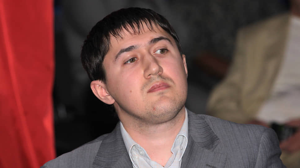 В апреле 2008 года Дмитрий Махонин стал заместителем руководителя Пермского УФАС, а в июне 2009 года возглавил управление.
