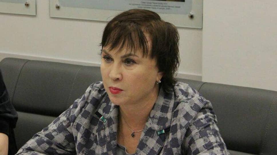 Аппаратный прием / Администратором краевого правительства станет Елена Анисимова