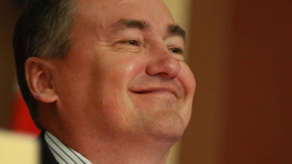 В 2009 году председатель правительства Пермского края Валерий Сухих оказался в шорт-листе «Единой России» на пост главы Приморского края.