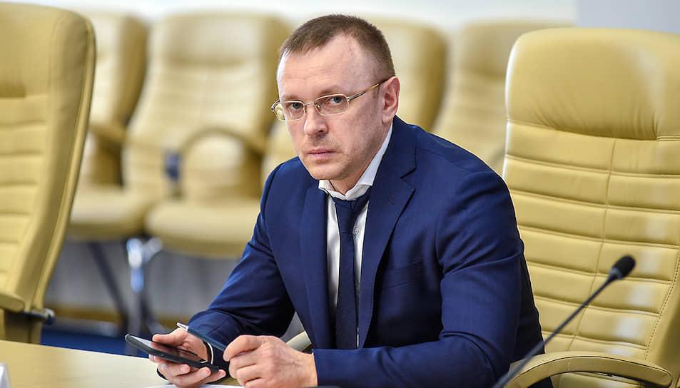 В конце лета заболел COVID-19 министр ЖКХ Андрей Кокарев.