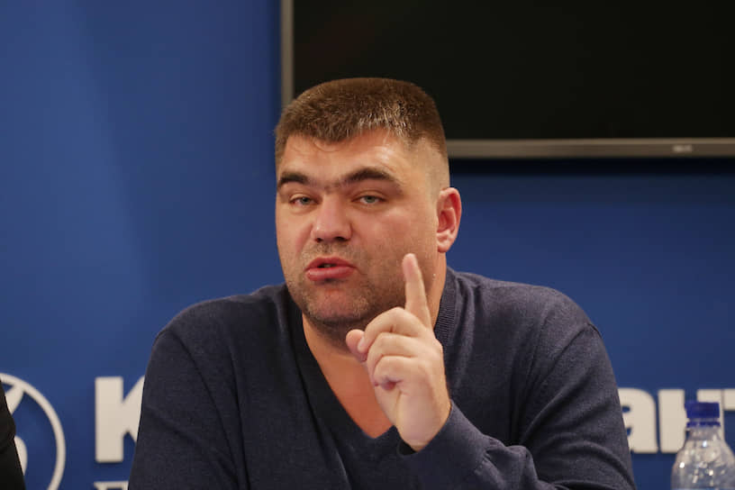 Депутат гордумы Александр Филиппов. О его болезни стало известно в начале июня. После подтверждения диагноза депутат самоизолировался на даче.