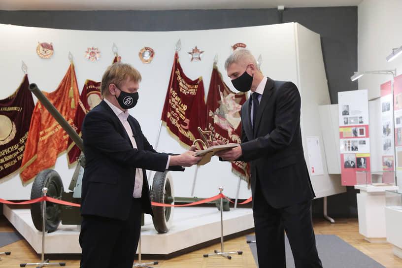 ООО «Мотовилиха — гражданское машиностроение» получило награду за первое в России производство заготовки из высокопрочной немагнитной стали для утяжеленных бурильных труб.