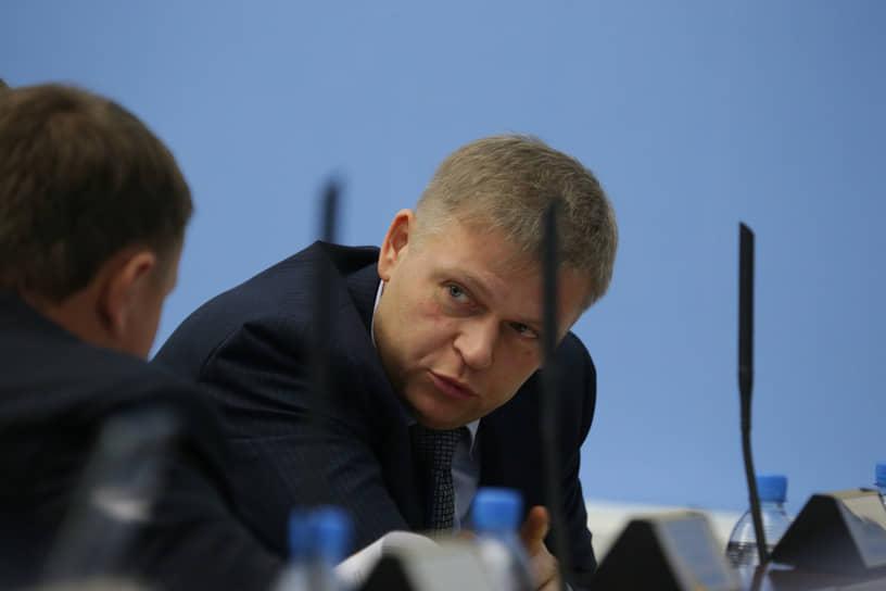 Пермский застройщик из компании «ПЗСП» Алексей Демкин изначально не входил в команду Дмитрия Махонина, но за период знакомства смог завоевать доверие губернатора, благодаря чему был назначен временно исполняющим полномочия главы Перми.