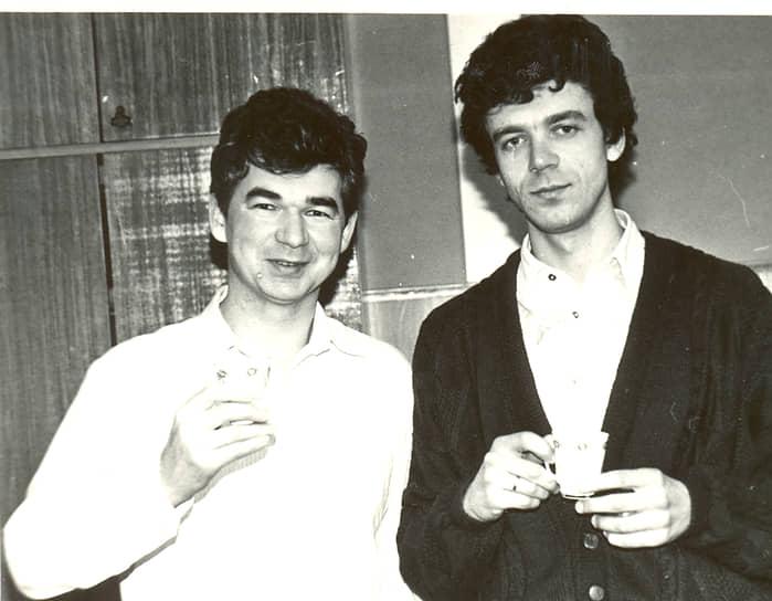 На фото: руководители первых выставочных проектов в Перми — Марат Мусин и Сергей Казук, 1990-е годы.