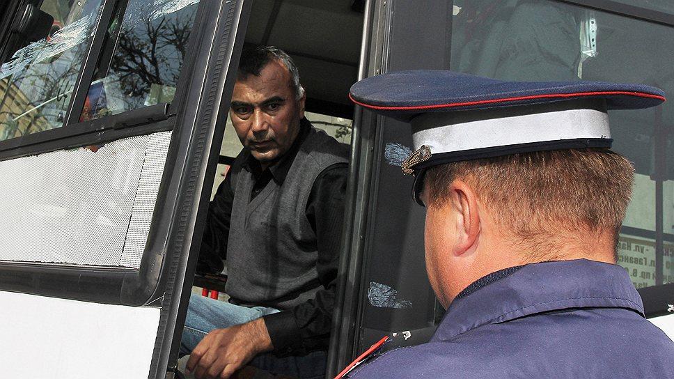 Перевозчики бьются за временные права / Операторы опасаются остаться без водителей