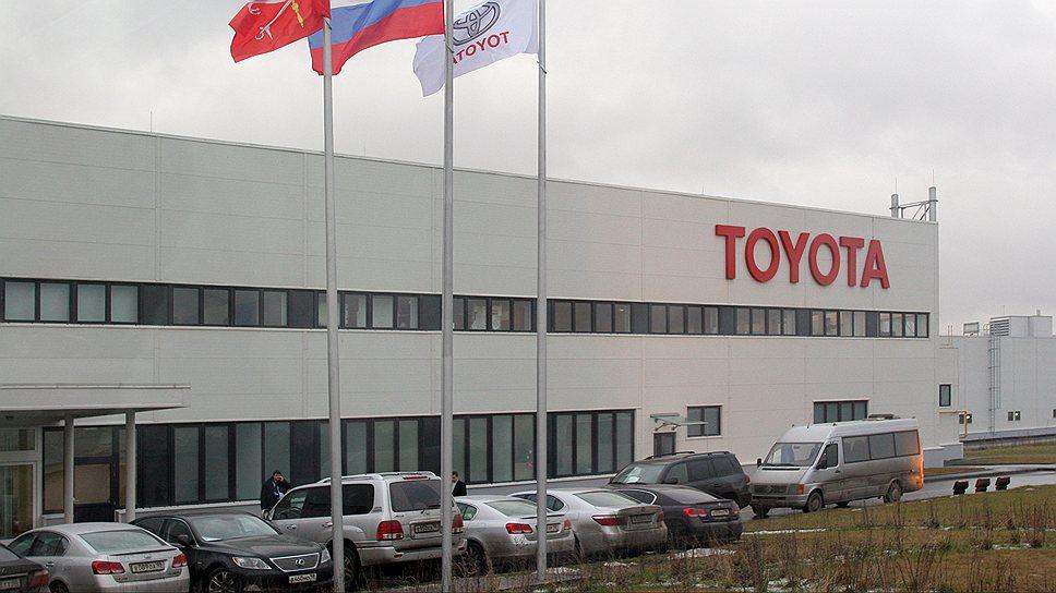 ООО «Тойота Мотор Мануфэкчуринг Россия», единственный петербургский автозавод, работающий не на пределе своих мощностей, вчера заявило о наращивании объемов производства. Мощности завода будут удвоены до 100 тыс. автомобилей в год