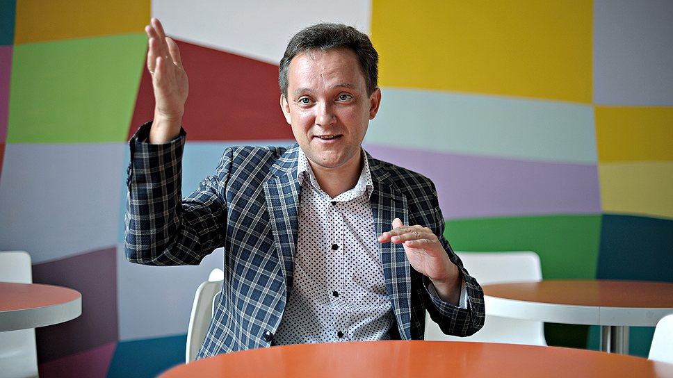 Коммерческий директор «Триколор ТВ» Сергей Ставропольцев говорит, что компания инвестирует в покупку премиального контента около $100 млн