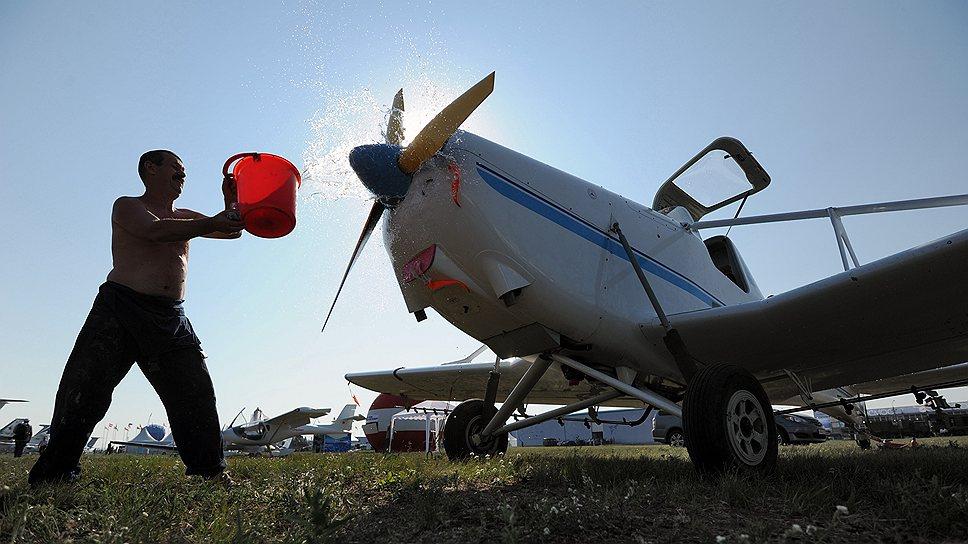 Marsh Aviation запросила посадку / Американская компания хочет построить завод по обслуживанию самолетов в Кингисеппском районе