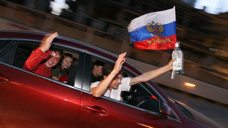 Сухие часы / Продавать спиртное в Петербурге будут только одиннадцать часов в день