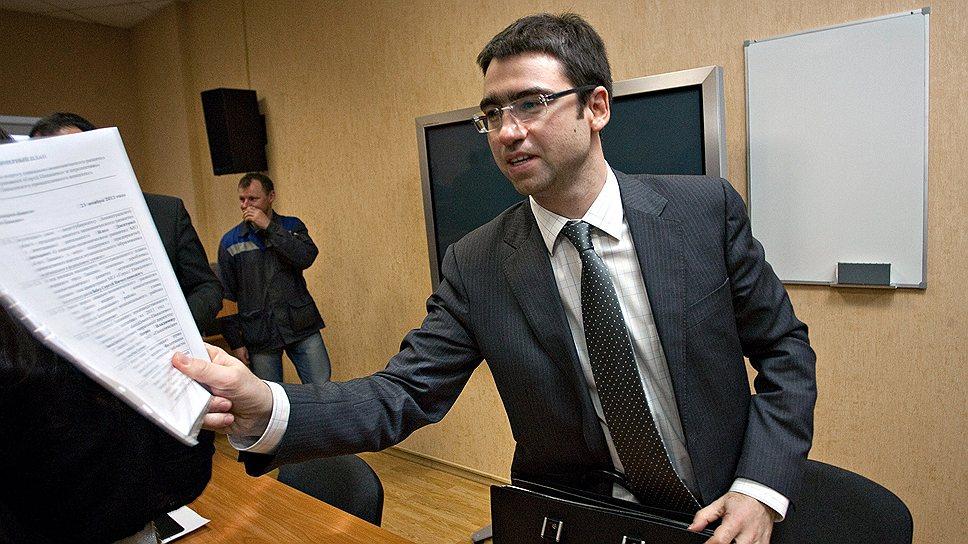 Вице-губернатор Ленобласти Дмитрий Ялов предлагает собственникам участков, заинтересованных в том, чтобы регион предлагал их землю инвесторам, вносить данные в региональную информационную систему