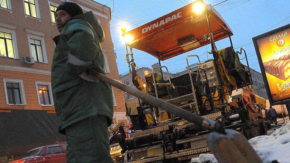 В 2013 году на текущий ремонт дорог было выделено 6,47 млрд рублей, в список вошло 314 объектов, но из-за задержек в проведении конкурсов, многочисленных обжалований их результатов в ФАС и погодных условий КРТИ не сумел завершить ремонт на 60 дорожных объектах
