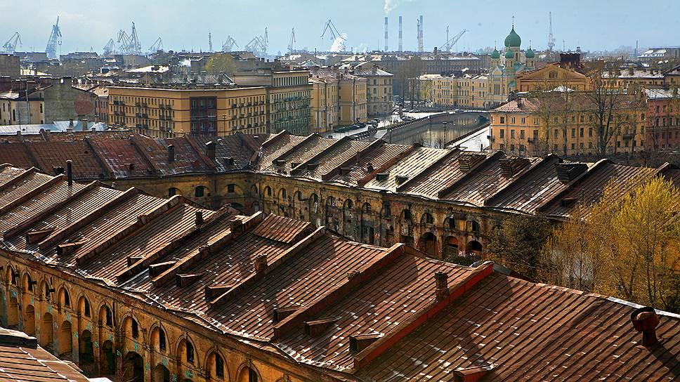 Проект реконструкции Никольского рынка вызвал многочисленные протесты градозащитников — отчасти потому, что в Петербурге его почти никто не видел