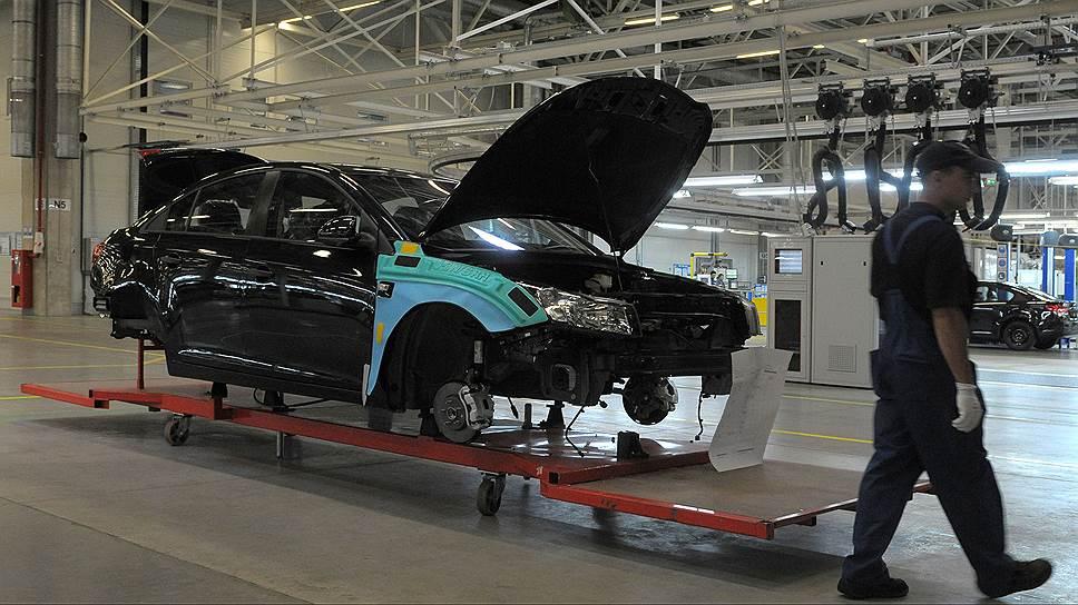 GM остановится в Петербурге / Завод серьезно скорректировал производственные планы