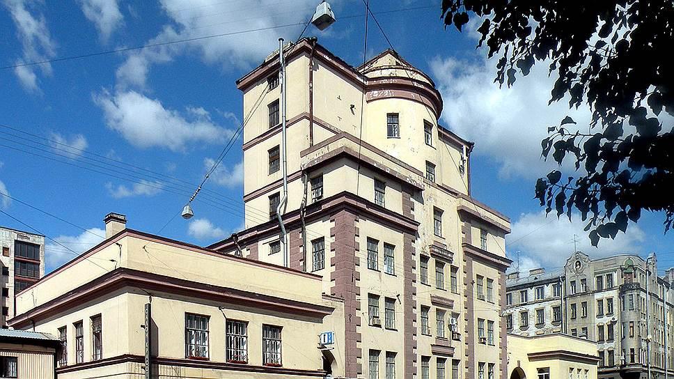 Чкаловский проспект, дом 50