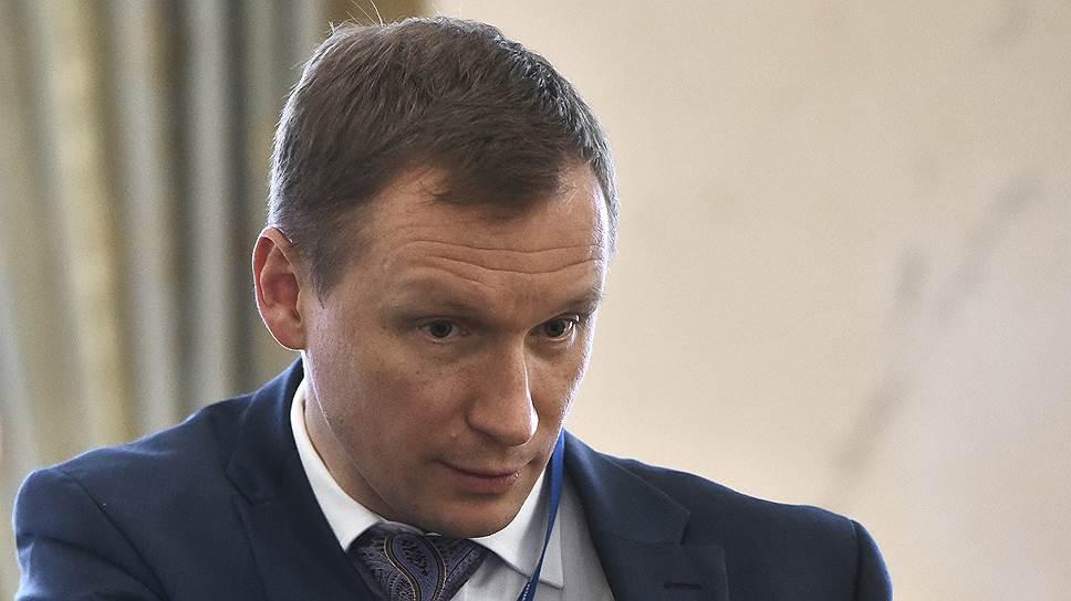 Исполняющий обязанности главы «Ленэнерго» Роман Бердников не может исполнить 12,8 тыс. договоров техприсоединения по вине клиентов