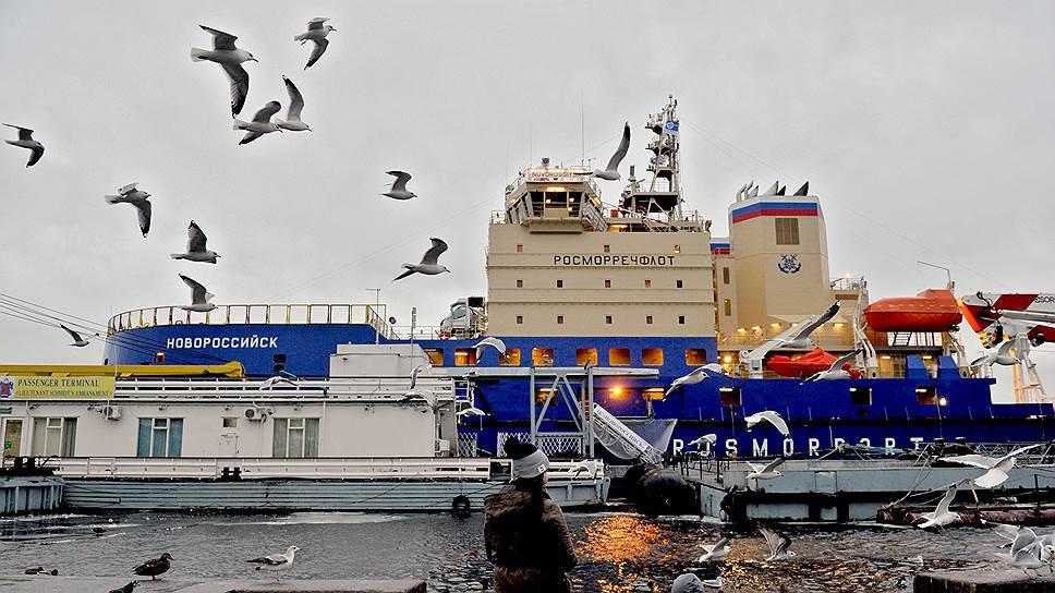 «Росморпорт» продлит вспомогательную серию / ВСЗ получит заказы еще на несколько ледоколов проекта 21900М