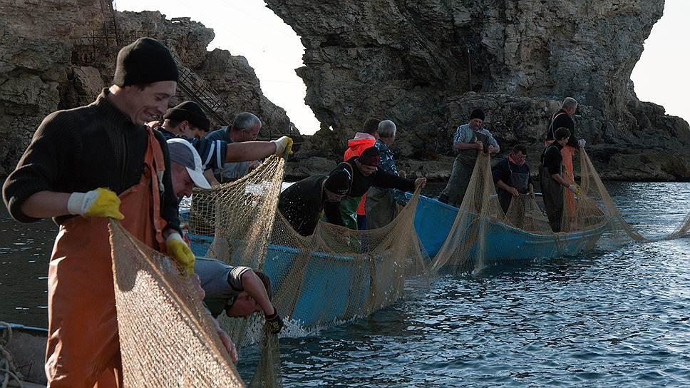 Российские верфи рвут сети / Рыболовам больше негде строить суда