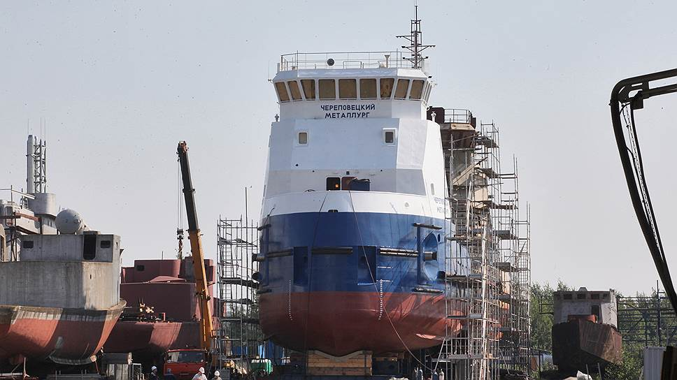 К концу года «Геоизол» должен завершить работы по реконструкции судоспускового устройства, которое позволит Средне-Невскому судостроительному заводу спускать на воду корабли массой до 2700 тонн