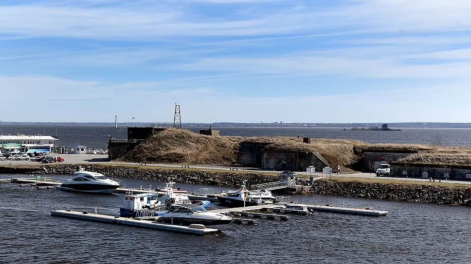 По условиям аренды «Третий парк» в ближайшие годы должен вложить в восстановление федерального памятника культуры 490 млн рублей, иначе он будет изъят