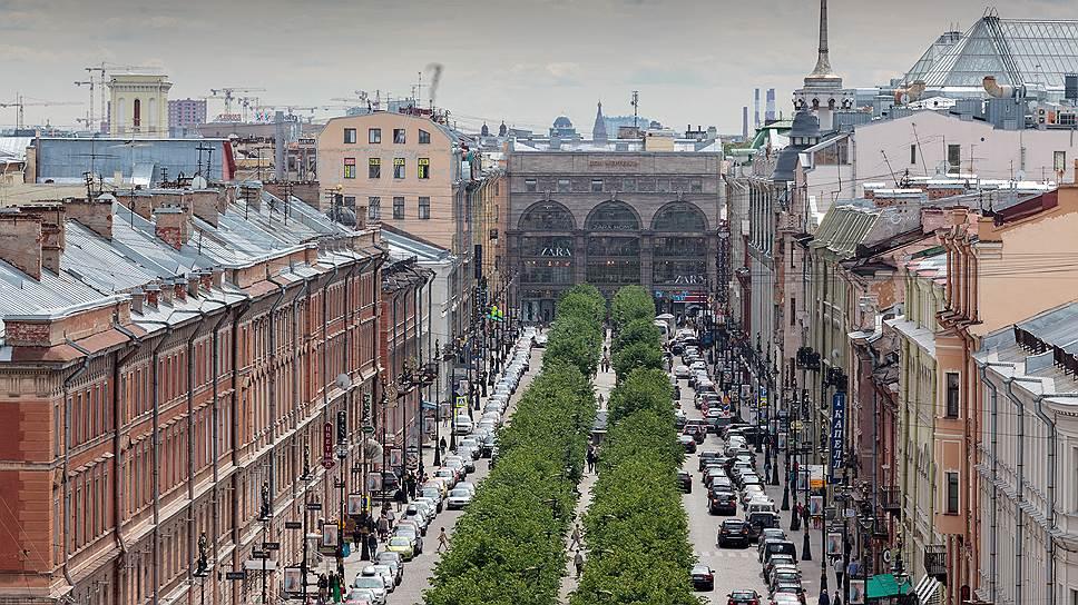Якорным арендатором в здании на Большой Конюшенной улице, 4–6–8, является Институт Финляндии. Также в доме размещаются финская школа и представительства некоторых финских организаций и городов