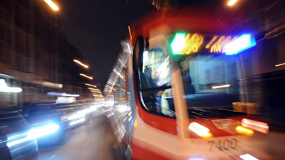 Концессионера позовут на рельсы осенью / Смольный объявит конкурс на поиск партнера для проекта скоростного трамвая из Колпино в Шушары в октябре