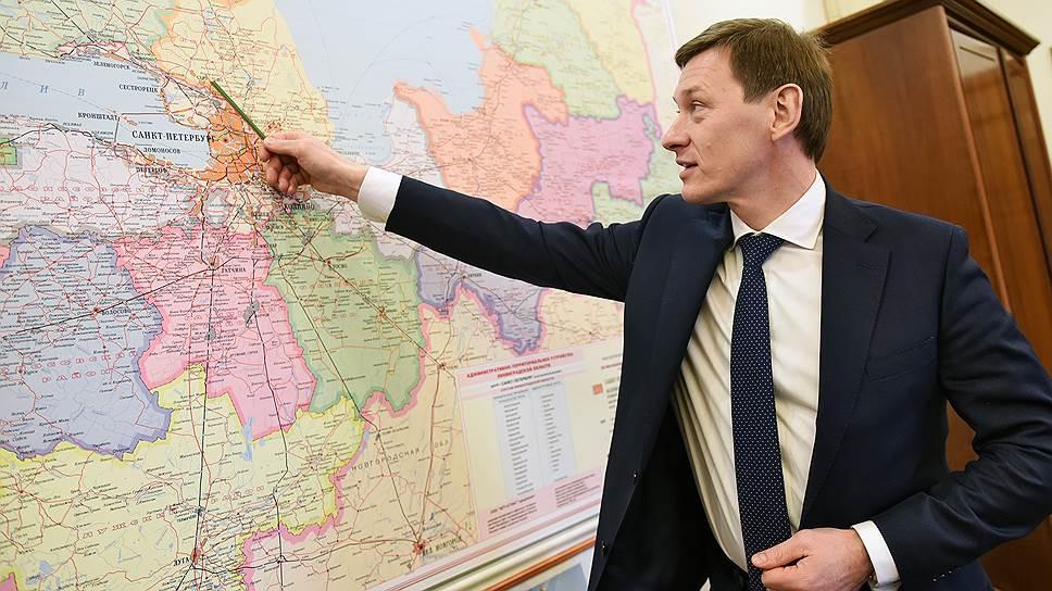 По мнению Михаила Москвина, развилка, при которой машины будут направляться направо на Мурманское шоссе и налево — во Всеволожск, принесет ВСД дополнительные транспортные потоки с заселенной и одновременно активно застраиваемой территории Всеволожского района