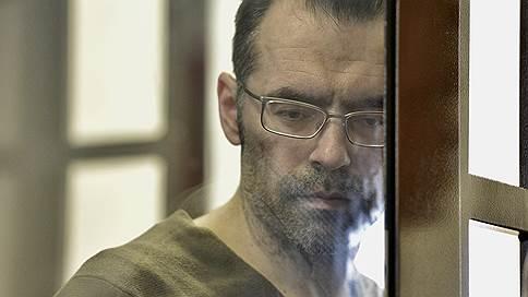 Арестованный сайентолог недоволен соседством // Его защита жалуется на психологическое давление
