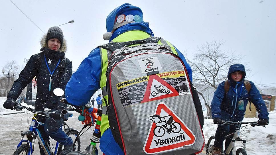 Областные депутаты педалируют вопрос велодорожек / ЗакС готовит программу развития движения на двухколесном транспорте по региону