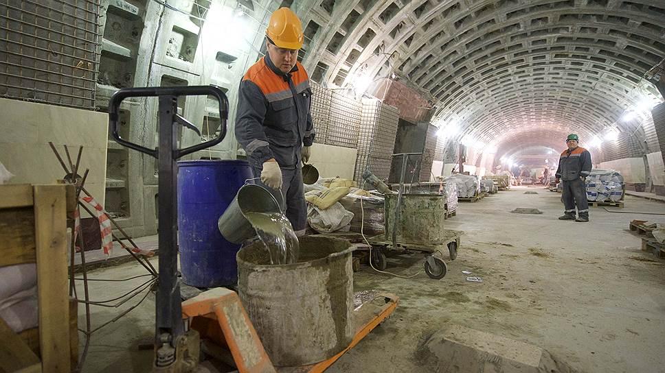 Тридцать миллиардов под землю / Город определился с расходами на метрополитен
