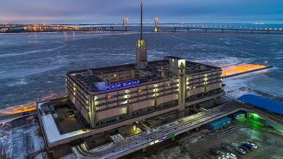«Морской вокзал» поплыл к банкротству / Компания подала иск о собственной несостоятельности