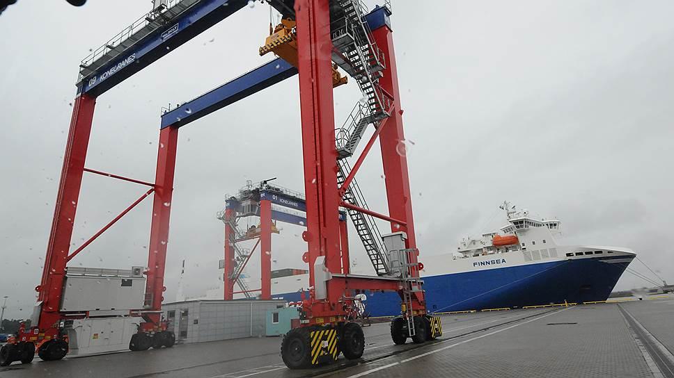 Бронка набирает вес / Большой порт Санкт-Петербург могут перенести к глубоководному терминалу