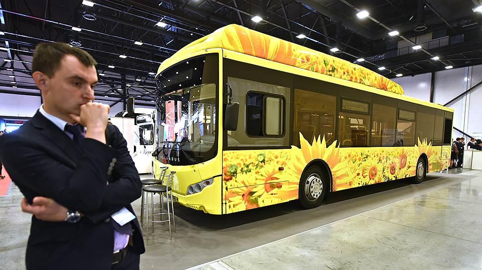 «Третий парк» пересаживается на газ / Перевозчик планирует построить два автопарка к2023 году и закупить автобусы на альтернативном топливе