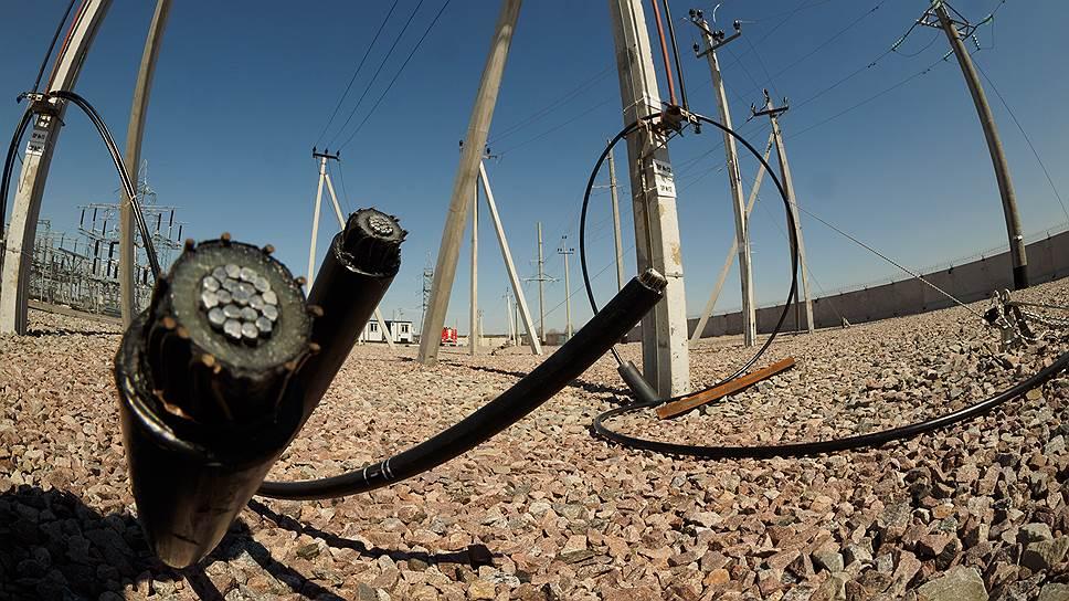 «Ленэнерго» заберет у девелоперов работу / по выносу электросетей с участка