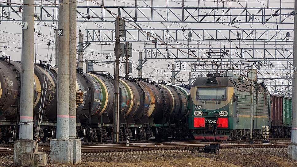 Транзитные перевозки составляют около 60% потока железнодорожного узла Петербурга и Ленобласти, в их составе преобладают уголь, нефтепродукты, щебень, песок, лесные грузы, металлы и сжиженные газы
