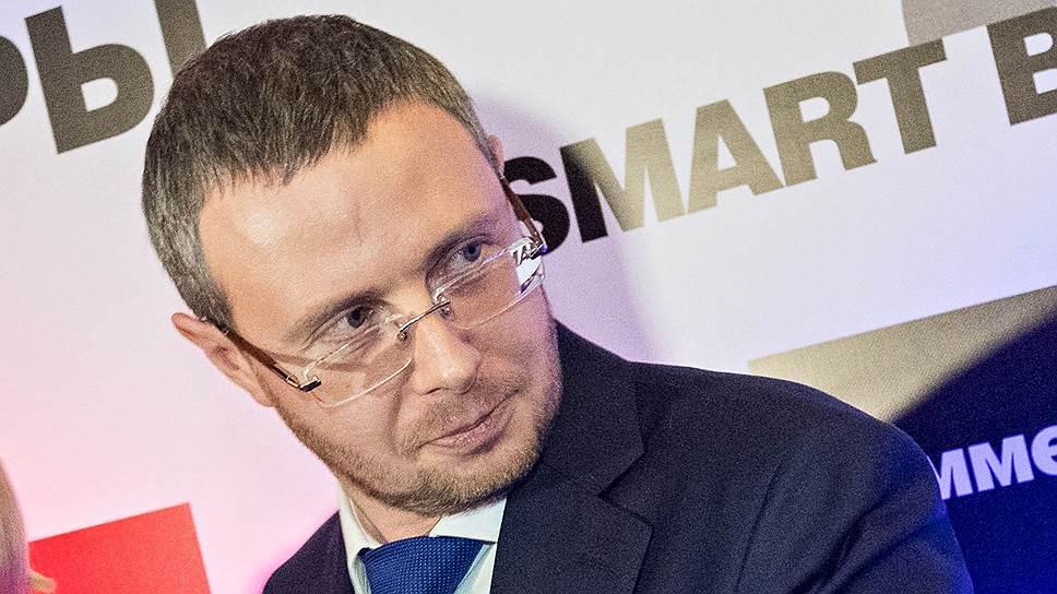 Новый вице-губернатор Петербурга Максим Шаскольский посчитал, что план мероприятий по устранению выявленных замечаний к деятельности «Водоканала», который ранее утвердил комитет по энергетике и инженерному обеспечению, содержит «пустые и формальные пункты»