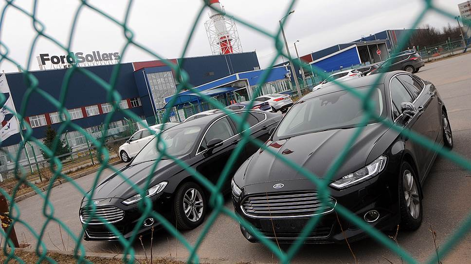 Правительство Ленобласти тянет Ford