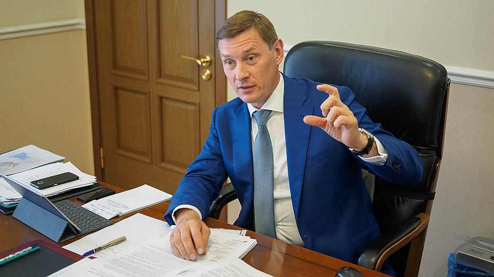 Долгострой в обмен на этажи / Новгородский инвестор предложил правительству Ленобласти стать донором