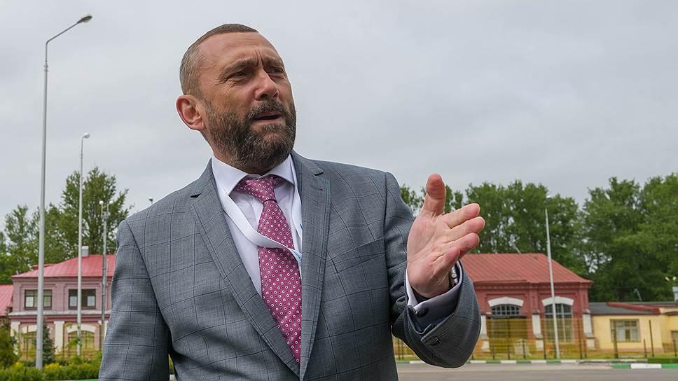 Директор ГУП «Горэлектротранс» Василий Остряков считает, что с началом в следующем году реформы сети городского наземного транспорта предполагается увеличение объемов троллейбусного и трамвайного движения