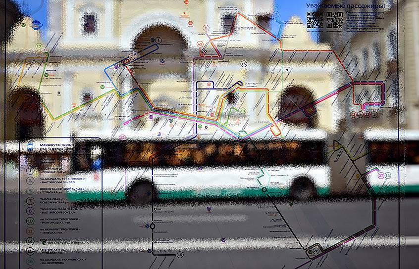 Реформа предполагает обновление маршрутной сети города в 2020 году: она сократится почти вдвое — до 362 маршрутов. Чиновники говорят, что это произойдет за счет минимизации дублирования маршрутов, когда маршрутка забирает пассажиров, следуя перед автобусом