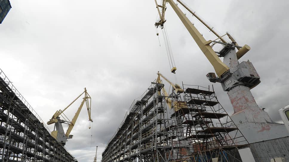 Северная верфь зайдет на модернизацию со второго раза / Завод планирует объявить тендер на 4млрд рублей