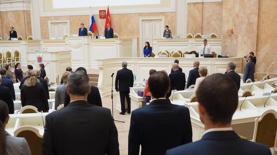 В режиме спецоперации / Парламент Петербурга утвердил новых вице-губернаторов