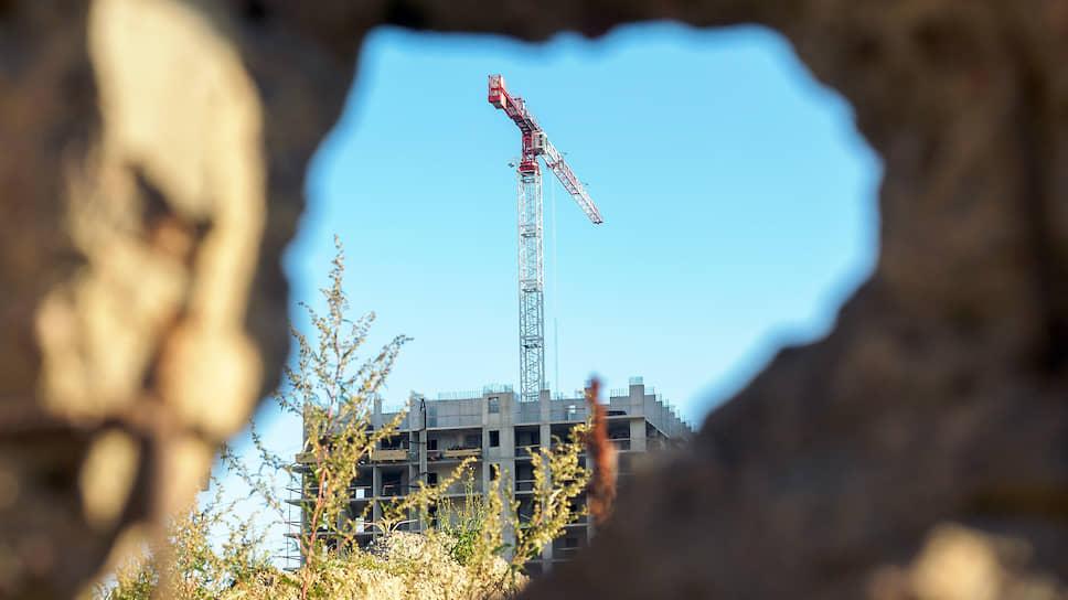 О финансовых сложностях ГК «Унисто Петросталь» стало известно в 2018 году, когда застройщик начал срывать сроки сдачи в трех жилых комплексах Ленобласти