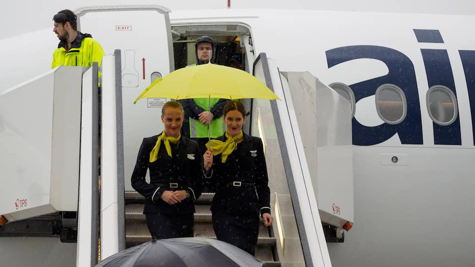 Пулково вдохнуло воздух свободы / Правительство либерализовало авиасообщение для аэропорта