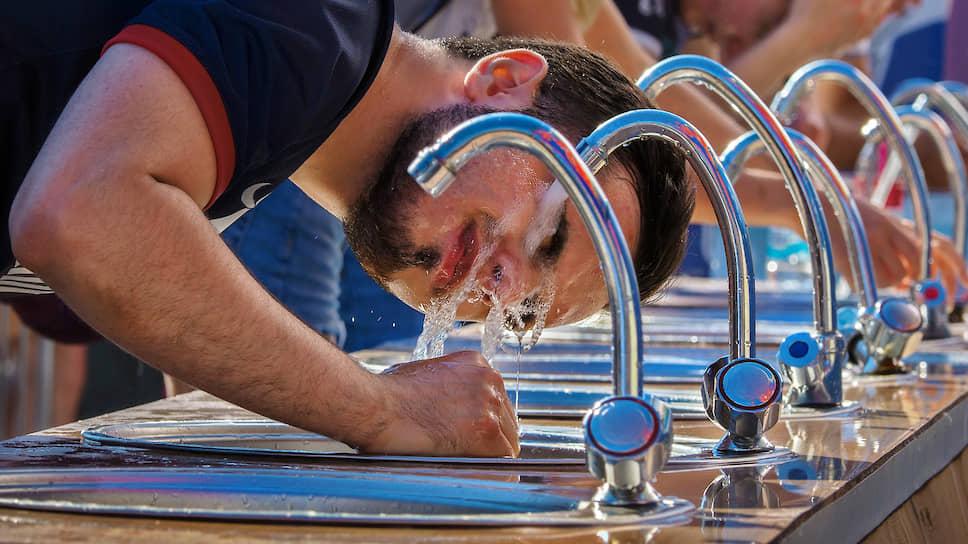 ЛОКС отключили от тарифа в Новогорелово / Борьба за стоимость воды в областном поселке привела к неразберихе с подачей ресурса