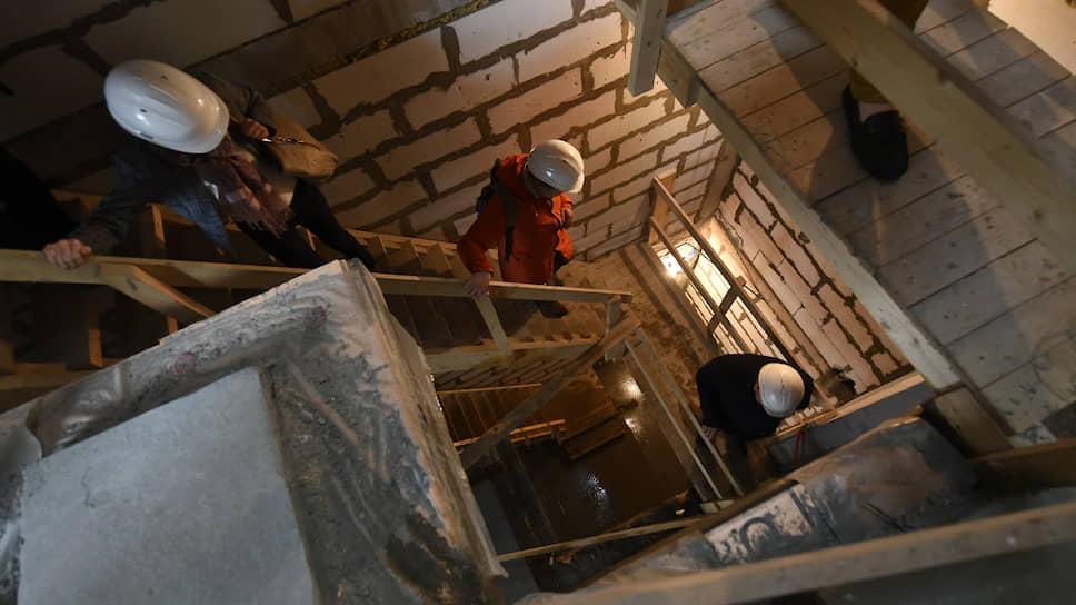 Областным застройщикам расширят просвет / между полом и потолком