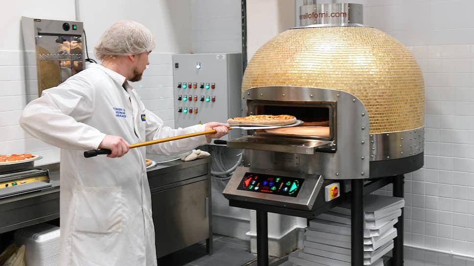 Пицца нашла третий берег / Крупный петербургский сервис по доставке еды приобрел компанию Ollis