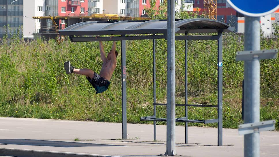 Остановки карман тянут / На строительстве павильонов для общественного транспорта планируют существенно сэкономить