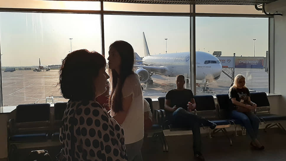 Пассажиропоток запросил внеплановую посадку / Итоги первого полугодия могут заставить оператора Пулково отложить инвестпланы второй очереди строительства аэропорта
