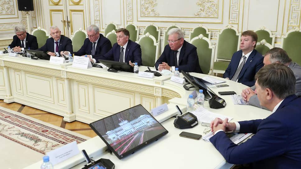 Комитет по промышленности Петербурга просит 400 млн рублей на субсидии и выставки