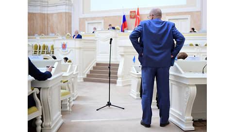 От согласований не осталось духу  / Депутаты Петербурга отказались утрачивать часть бюджетных полномочий